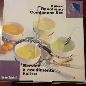 Condiment 9 piece Revolving Set NWT